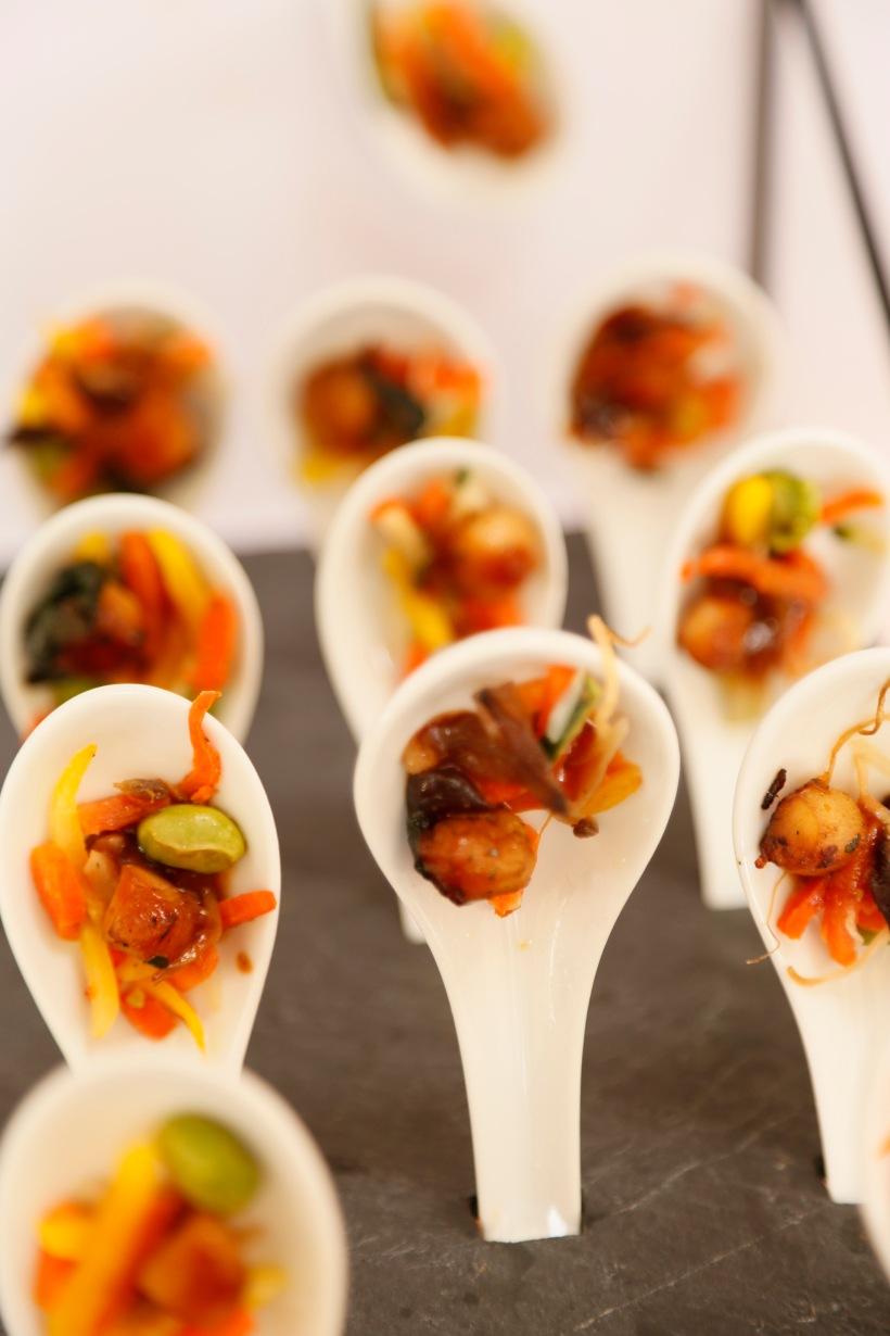Cuillère de Saint Jacques sur légumes wok / scallops and asian vegetables